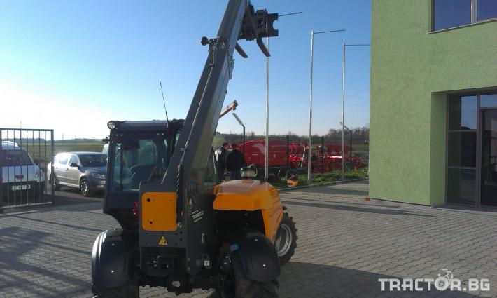 Телескопични товарачи Giant Мини товарач за ферми GIANT 3648 Tendo 1