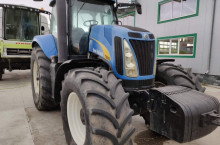 New-Holland T8010
