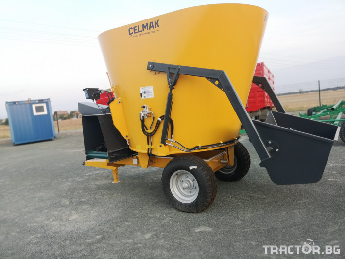Машини за ферми Внос Вертикални миксери CELMAK 3 - Трактор БГ